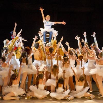 Billy Elliot and ballet girls final dance