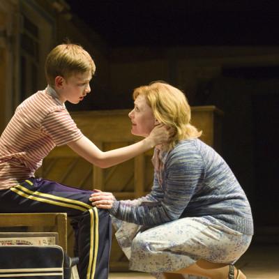 Tade Biesinger (Billy Elliot), Kay Milbourne (Dead Mum) photo by Alastair Muir
