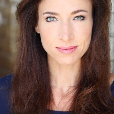 Amy Rhiannon-Worth