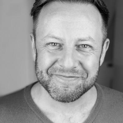 Paul Hutton