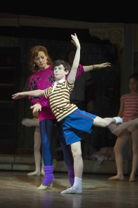 BE356--Brodie-Donougher-(Billy-Elliot)-Ruthie-Henshall-(Mrs-Wilkinson)-by-Alastair-Muir